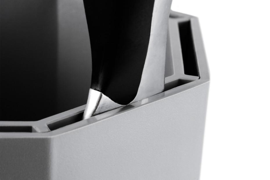 Knife Pot