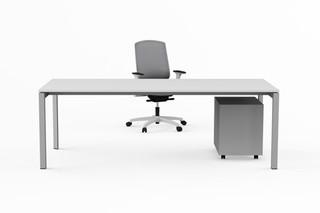 Siva single desks  by  Nurus