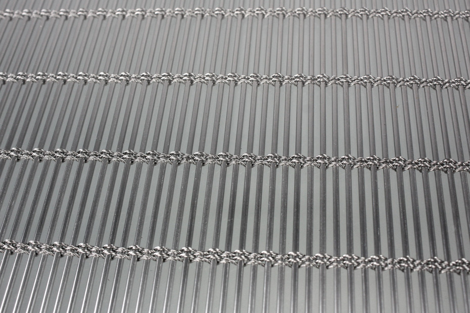 OKATECH insulation glass with metal grid