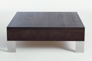 Finch Metal coffee table  by  Palau
