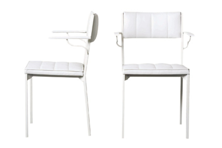 Laszlo chair with armrests