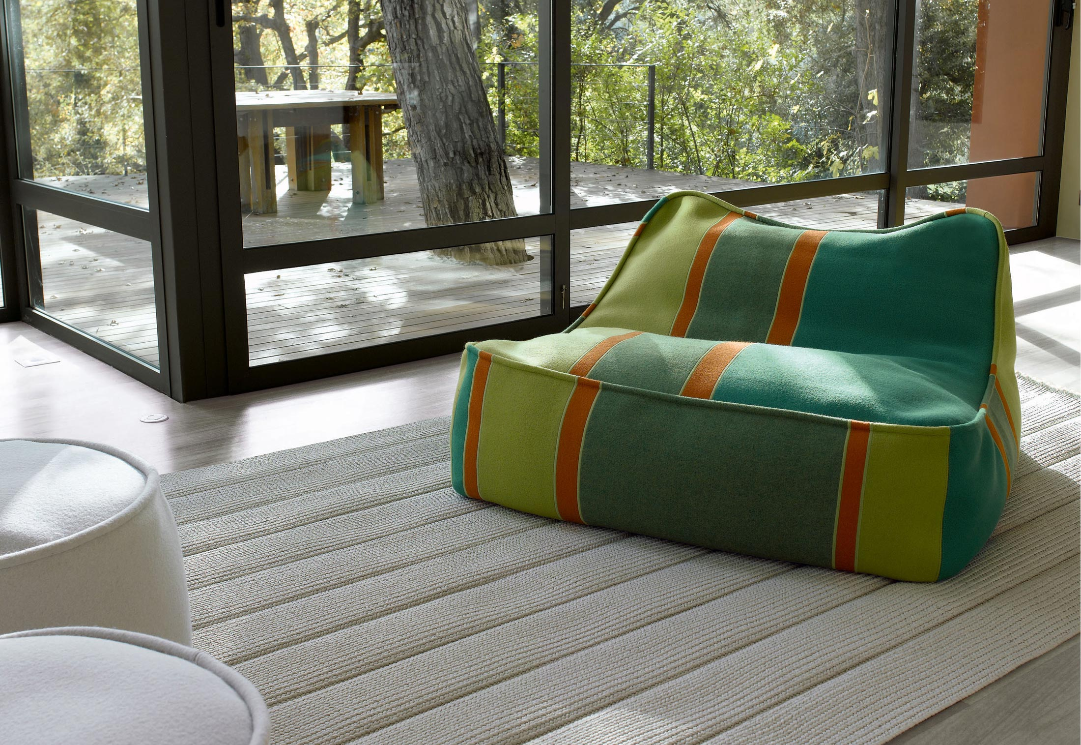Float Chaiselongues by Paola Lenti | STYLEPARK