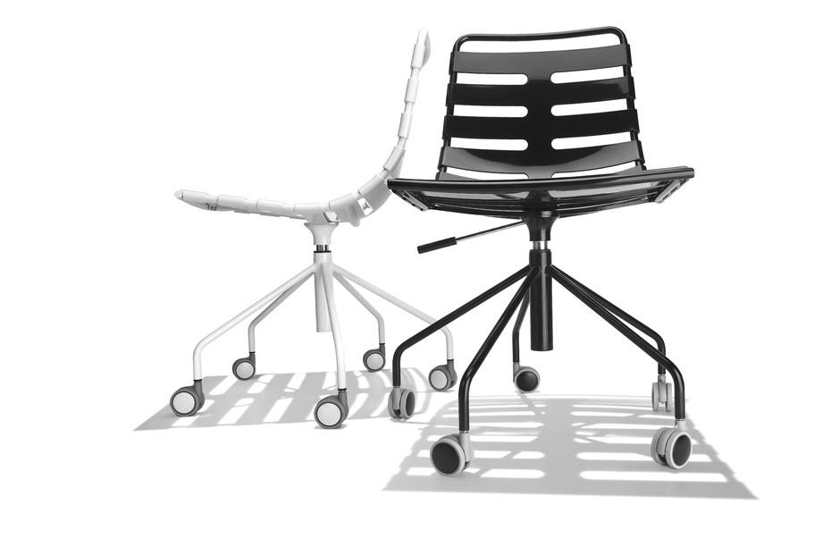 Body Stuhl auf Rollen