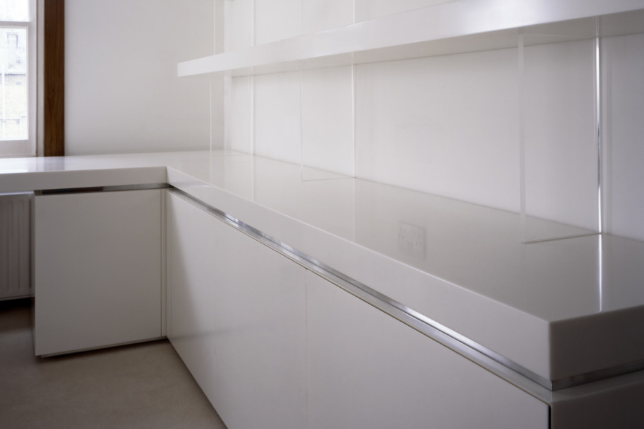 White room shelves system
