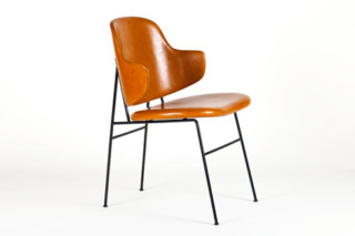 Penguin Dining Chair  von  Petersens Polstermöbelfabrik