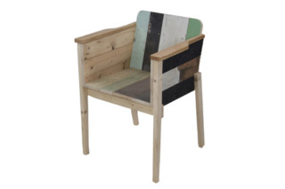 Bucketseat  by  PIET HEIN EEK