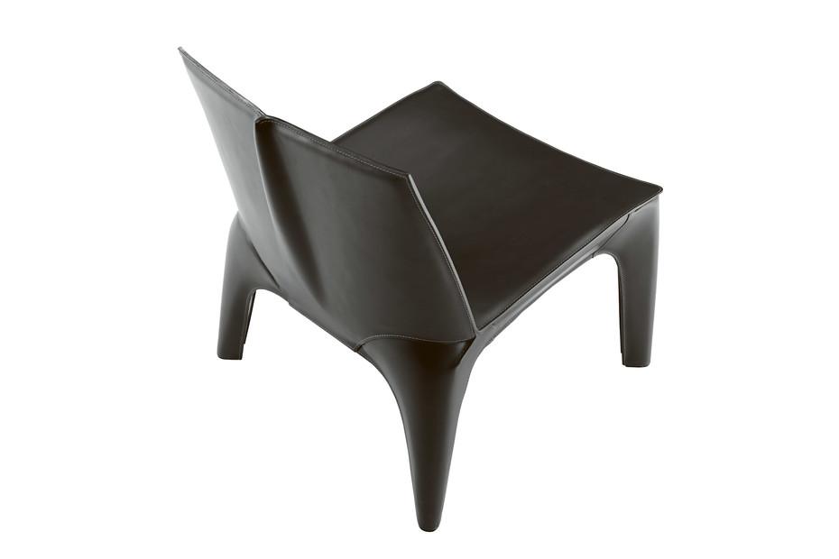 BB armchair