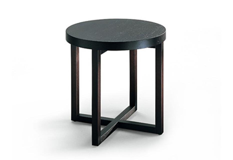 yard beistelltisch rund von poliform stylepark. Black Bedroom Furniture Sets. Home Design Ideas