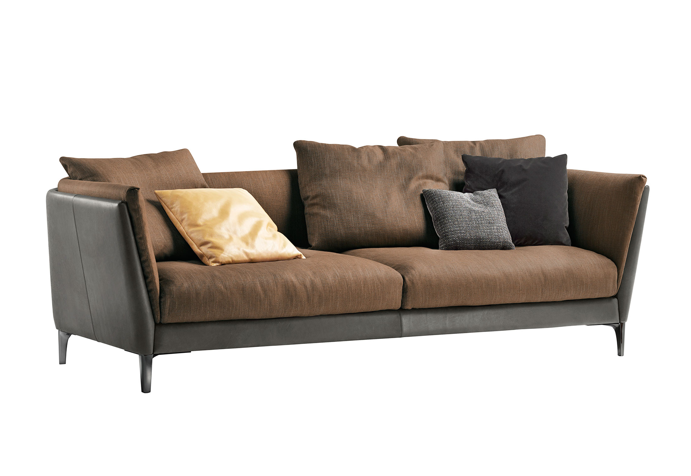 bretagne sofa 2 sitzer von poltrona frau stylepark. Black Bedroom Furniture Sets. Home Design Ideas