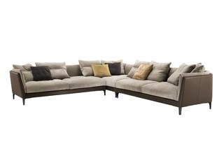 Bretagne Eck-Sofa  von  Poltrona Frau