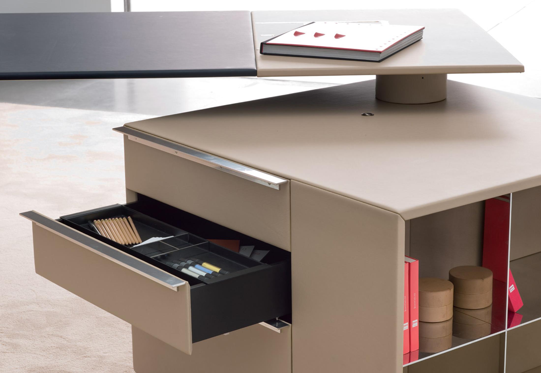 C E O Cube Desk By Poltrona Frau Stylepark