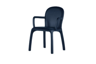 Chair with arms  by  Poltrona Frau