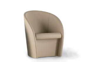 Interviste swivel armchair  by  Poltrona Frau