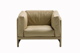 Polo Sessel  von  Poltrona Frau