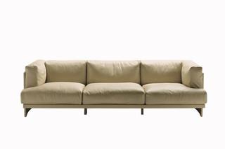 Polo Sofa  von  Poltrona Frau