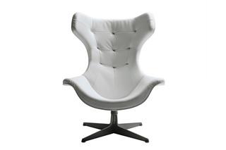 Regina II armchair  by  Poltrona Frau