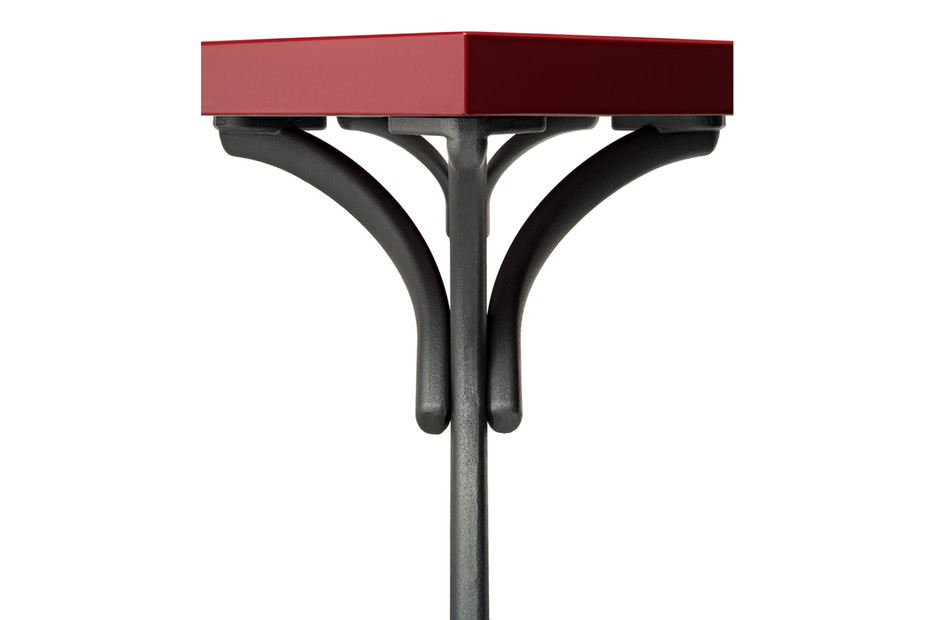 Sangirolamo Tisch oval