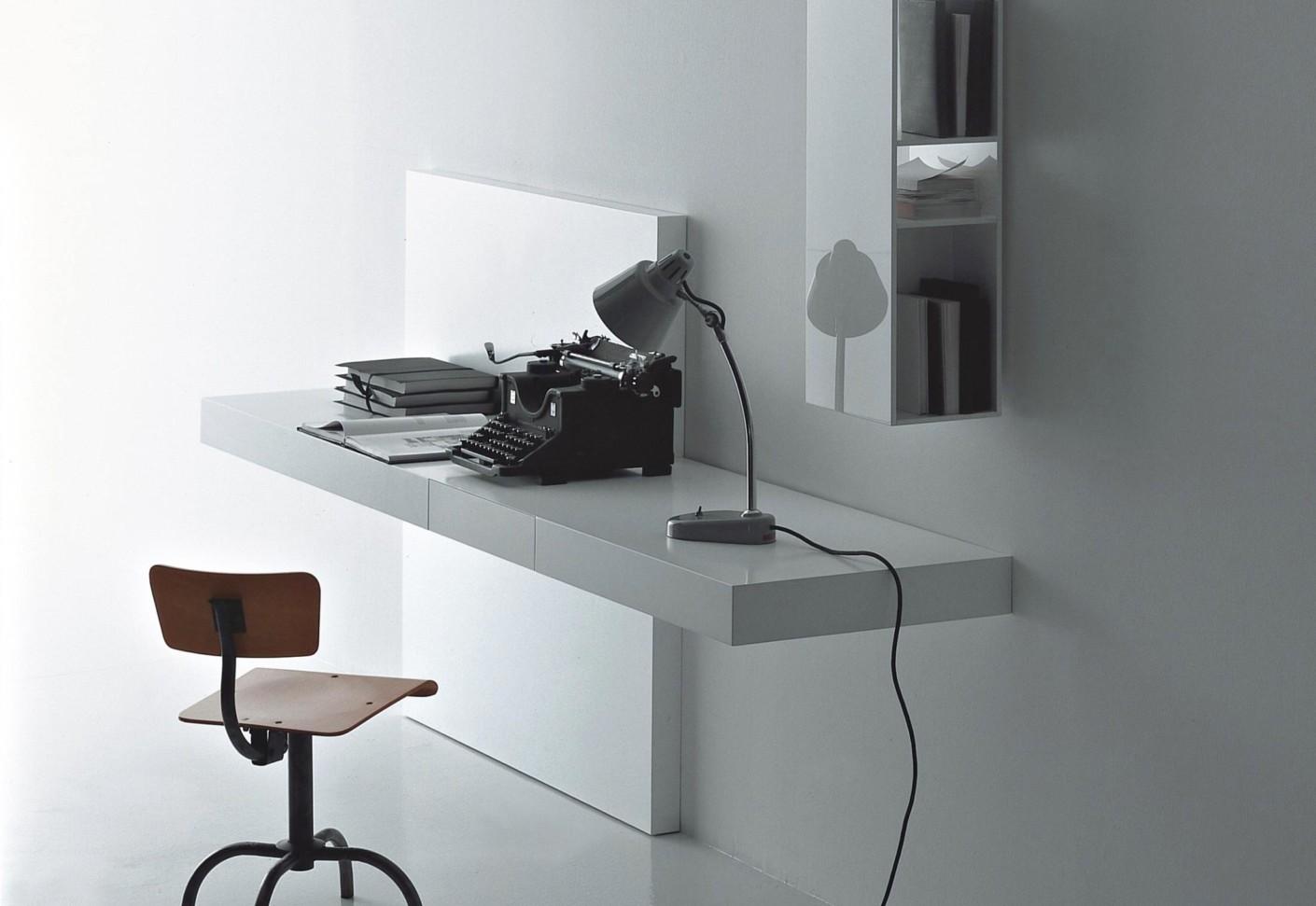 Modern Desk By Porro Stylepark