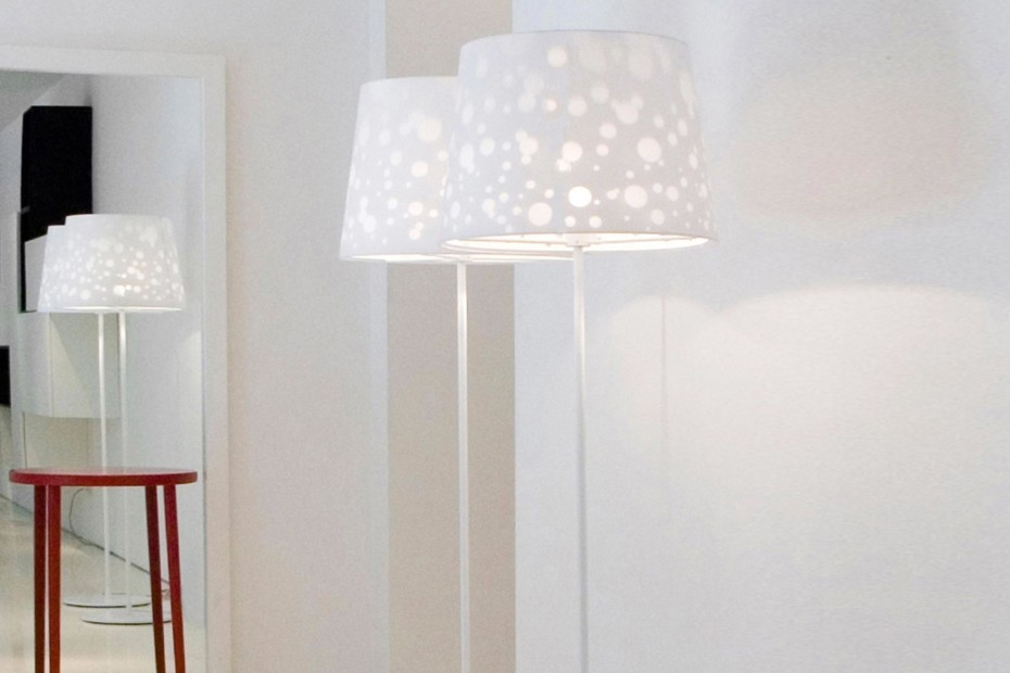 Shadow Light floor lamp
