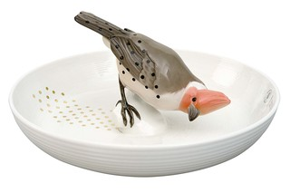 Bowl with bird  by  Porzellan-Manufaktur Nymphenburg