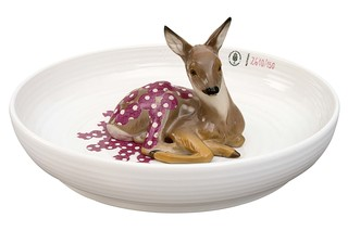 Bowl with fawn  by  Porzellan-Manufaktur Nymphenburg