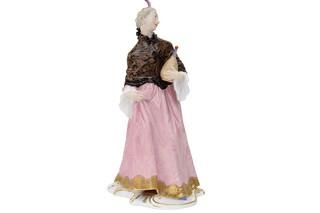 Donna Martina No.87  by  Porzellan-Manufaktur Nymphenburg
