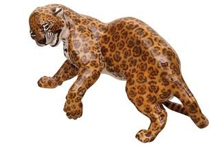 Leopard fighting No.142  by  Porzellan-Manufaktur Nymphenburg