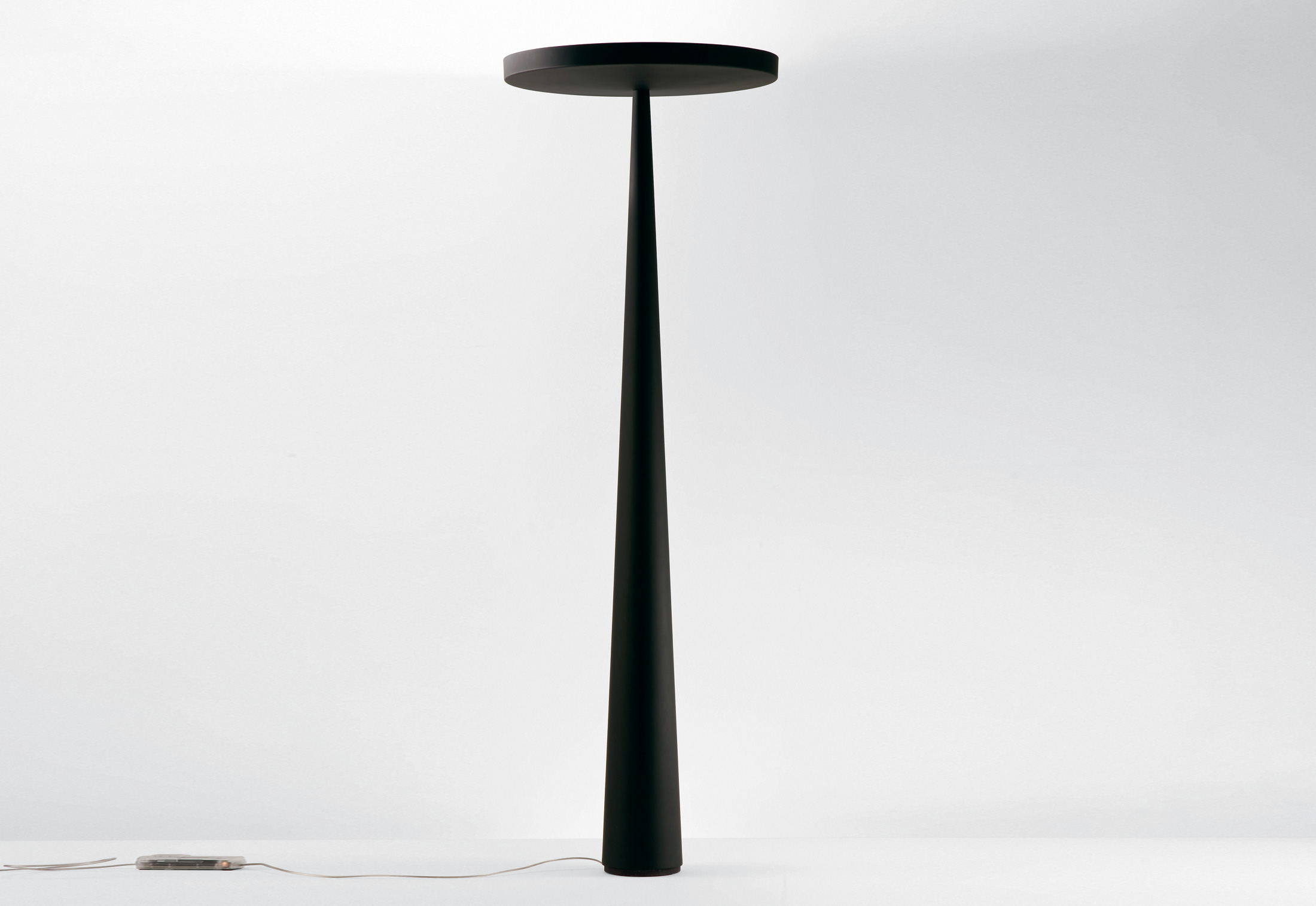 Equilibre f3 von prandina stylepark for Architecture equilibre