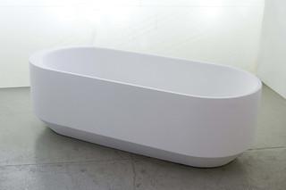 56 LEONARD STREET bathtube  by  Rapsel