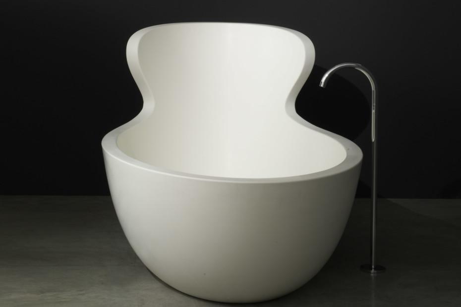 ARNE bathtub