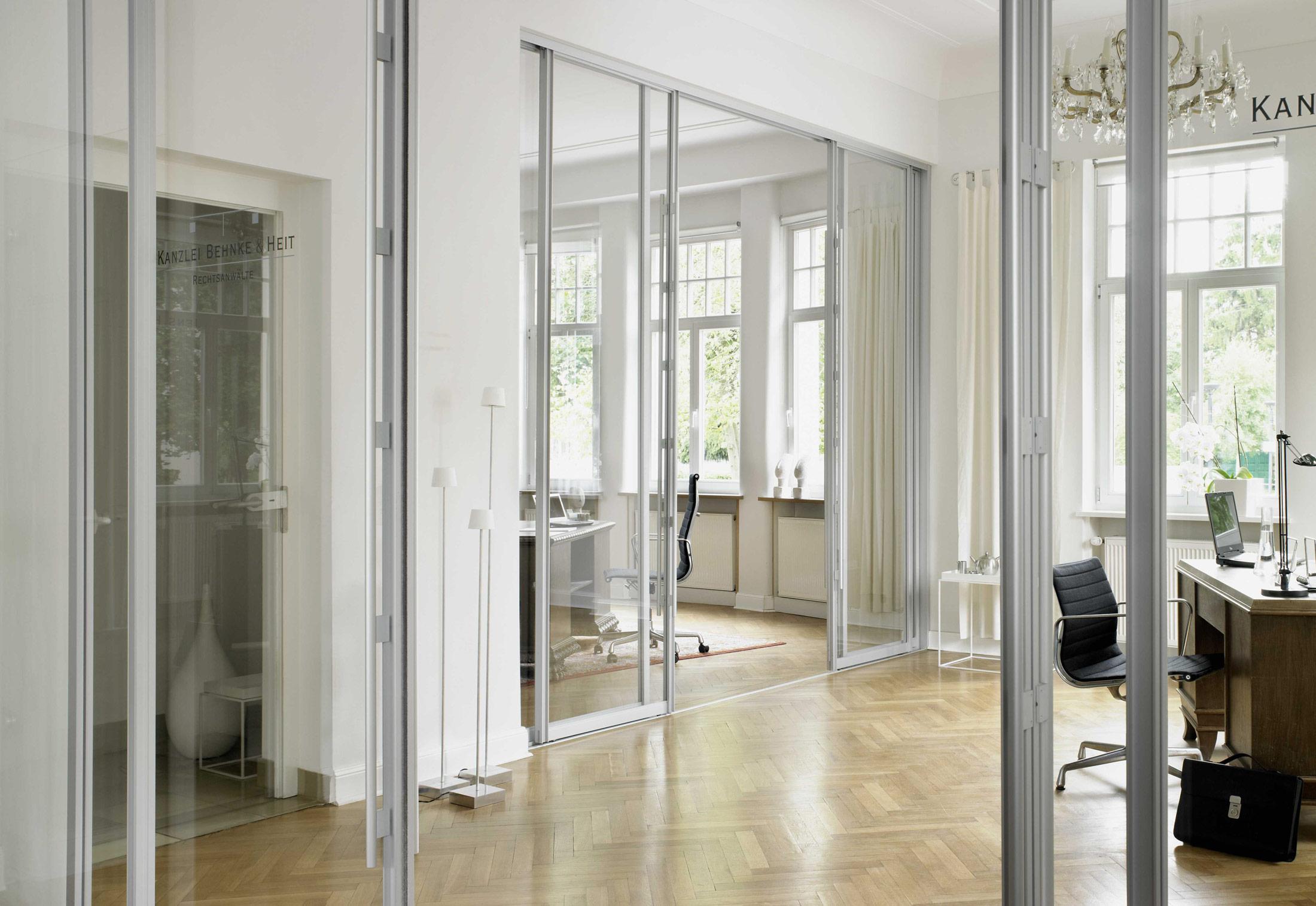 wall partitioning sytem s1500 sliding door system wood door by raumplus stylepark. Black Bedroom Furniture Sets. Home Design Ideas