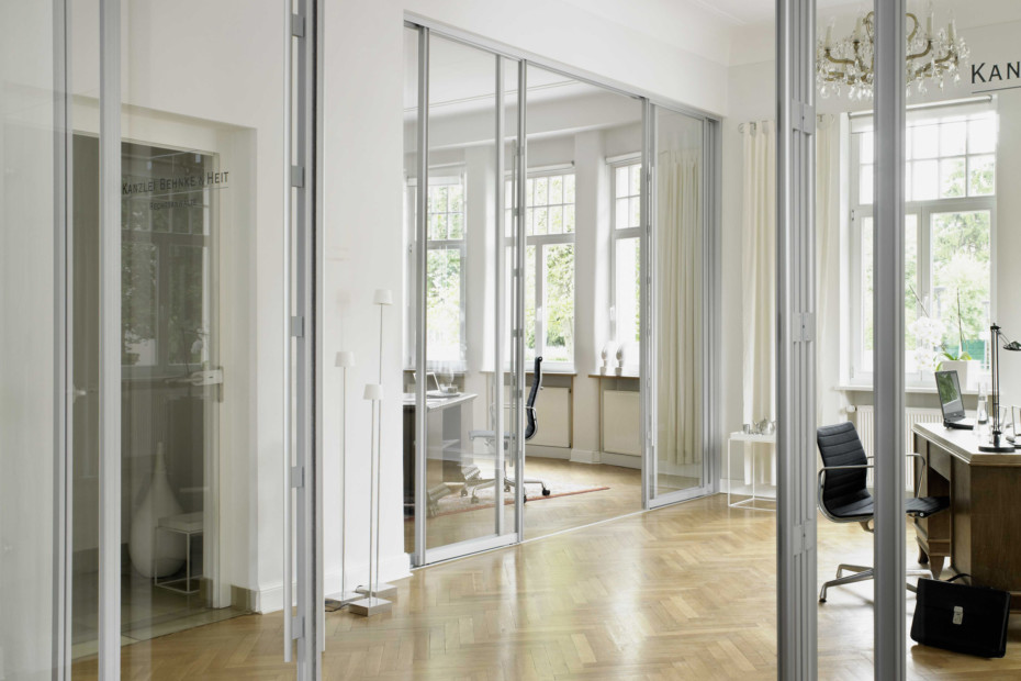 S3000 sliding door symmetric