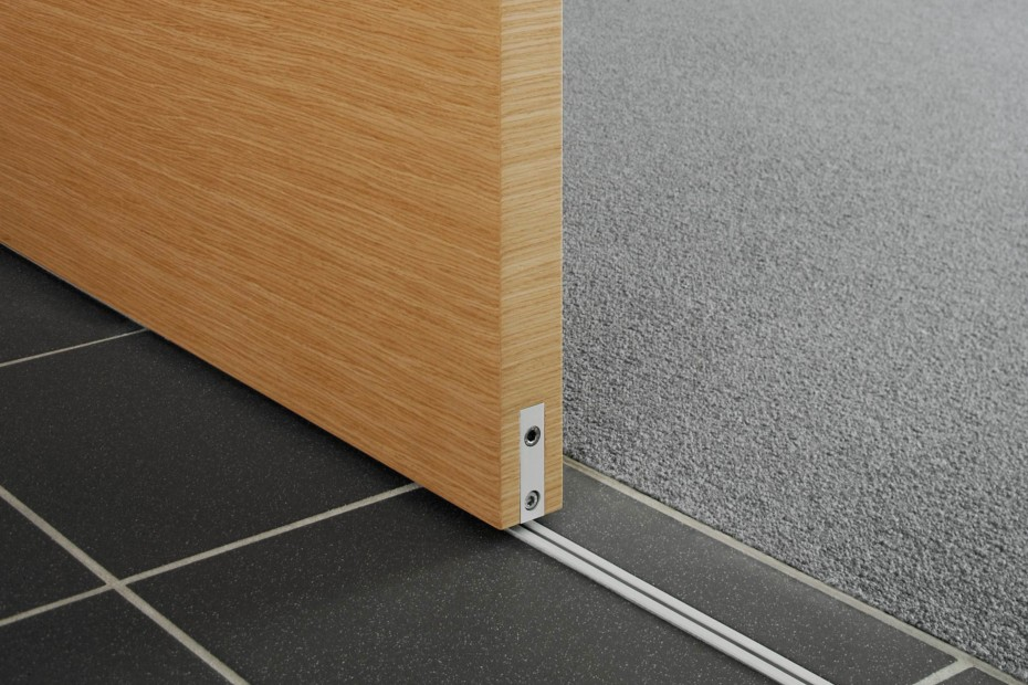 Trennwandsystem S1500 Gleittürsystem Holztür