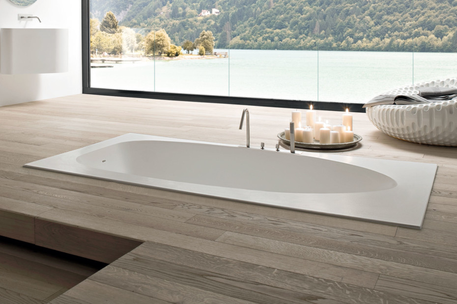 Boma bathtub recessed