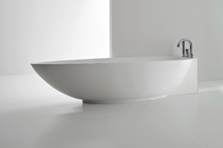 Boma bathtub  by  Rexa Design