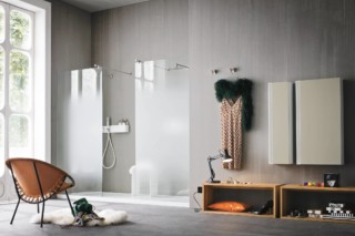 Ergo-nomic shower  by  Rexa Design