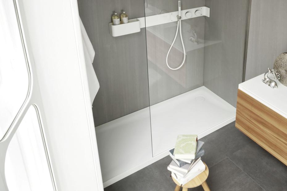 Ergo-nomic shower