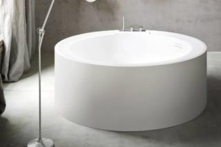 Hole bathtub round  by  Rexa Design
