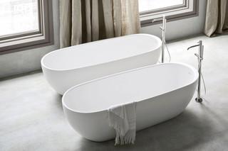 Hole bathtube  by  Rexa Design