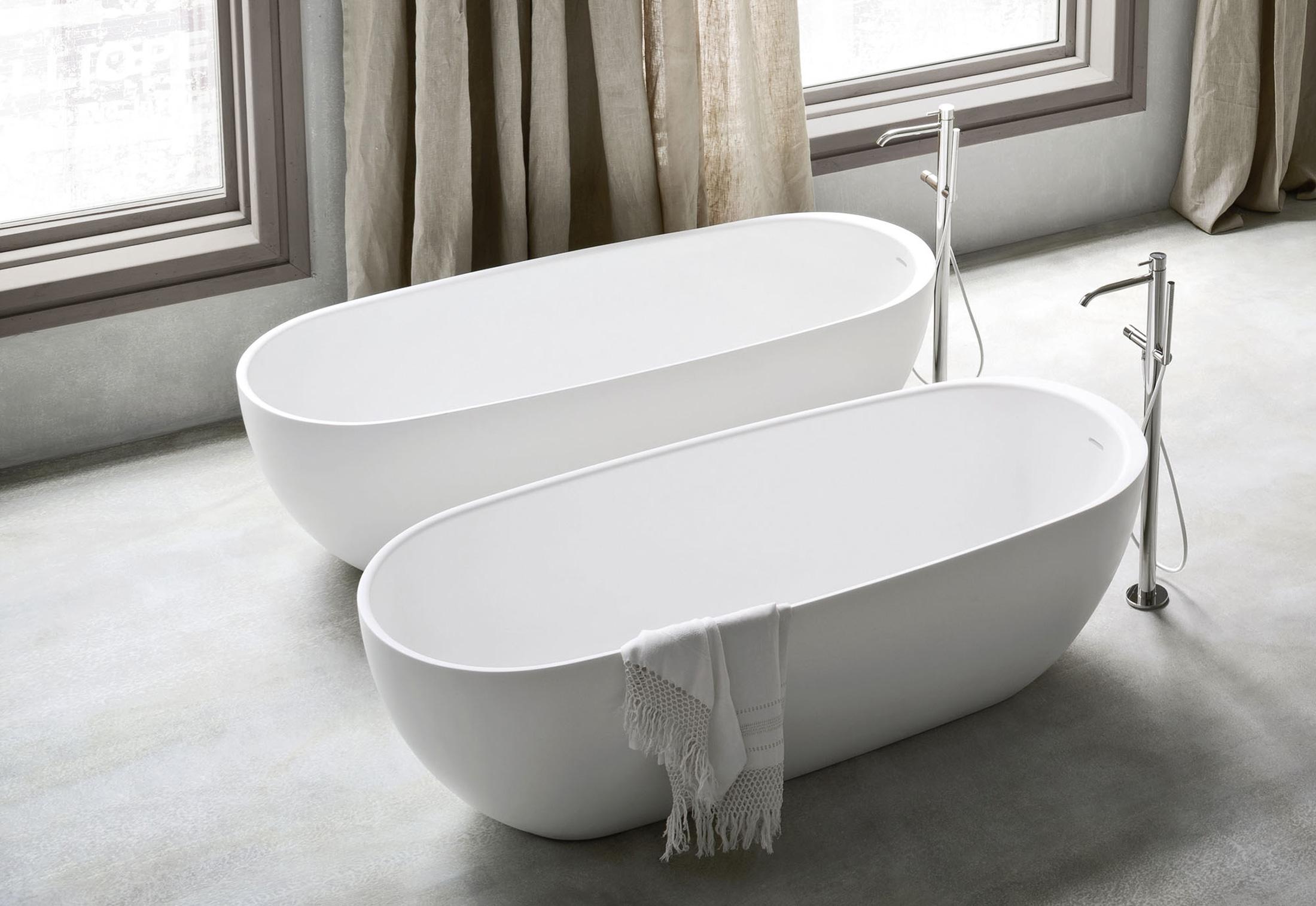 Hole bathtube by Rexa Design | STYLEPARK