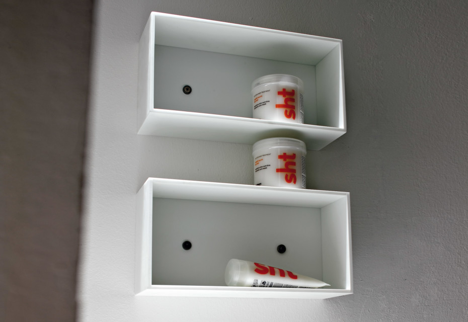 Unico wall shelve