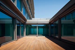 Estoril Sol Residence, CP 155-LS Monorail, CS 77  von  Reynaers