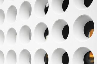 cast, Lontoonkatu, round perforation  by  Rieder