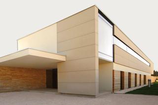 concrete skin, Haus A, sandstone  by  Rieder