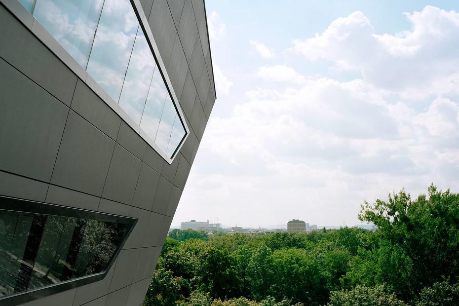 concrete skin, LLC Uni Wien, anthracite