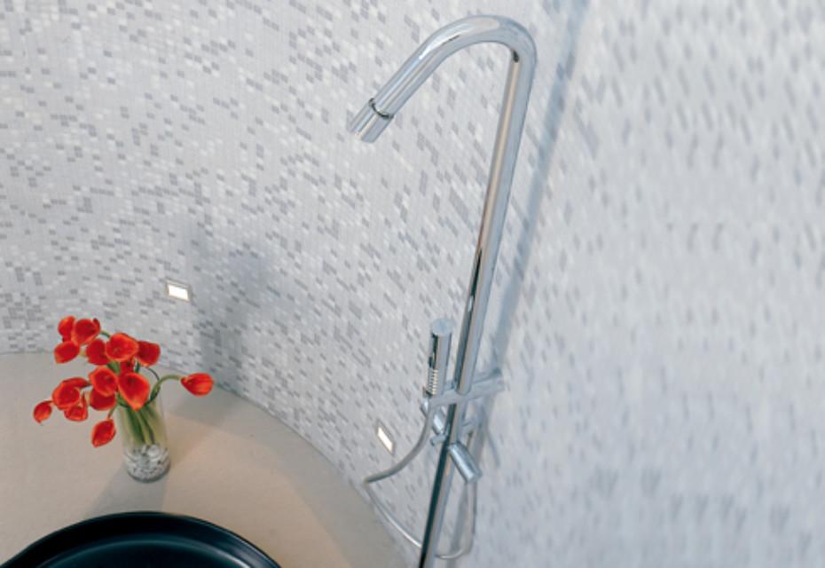 Diametrotrentacinque freestanding shower mixer, inlet and hand shower