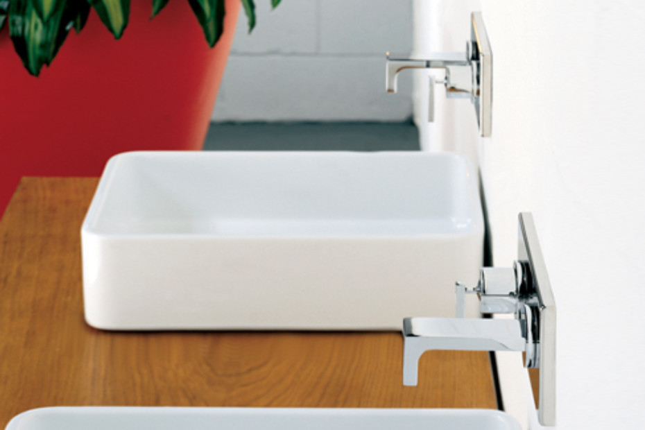 Waterblade_j basin inlet and mixer wall mounted
