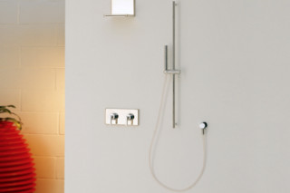 Waterblade_j shower fitting  by  Ritmonio