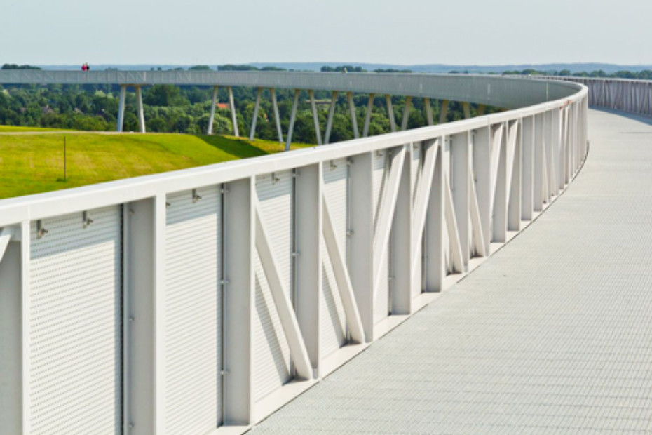Perforated balustrades, Energy Mountain in Georgswerder