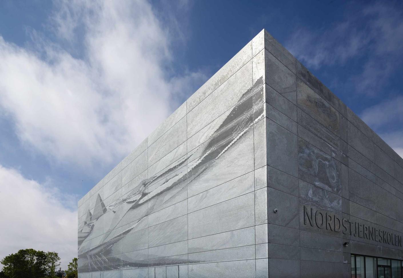 Metal Panel Facade : Nordstjerneskolen state school frederikshavn by stylepark
